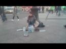 Уличный драммер