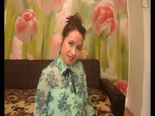 Платье с шифоновой кокеткой и рукавами