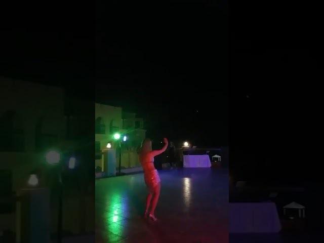 Min job fun ya ghari with taht shabak.Bellydancer in Jordan