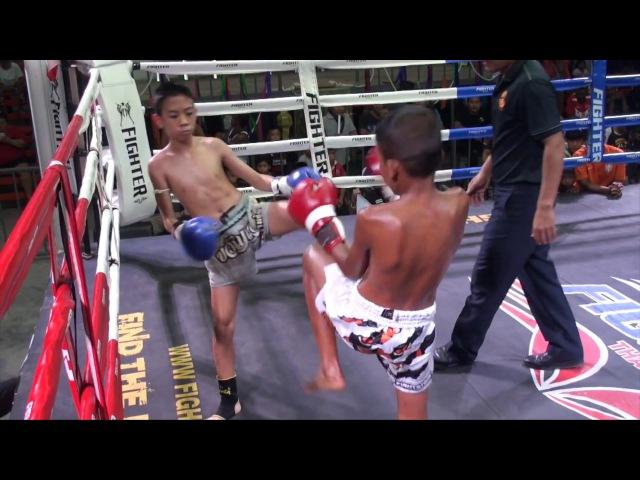 Yodsing TigerMuayThai vs Kwanaek Kiatkamlaiyok 30/5/17