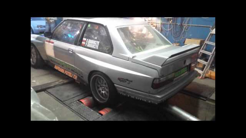 BMW e30 v8 m60b40 eaton m112 Maximus Drift Team on Dyno