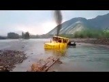 Ultimate Best Extreme Trucks  Truck Crossing on Extreme Heavy River Flooding
