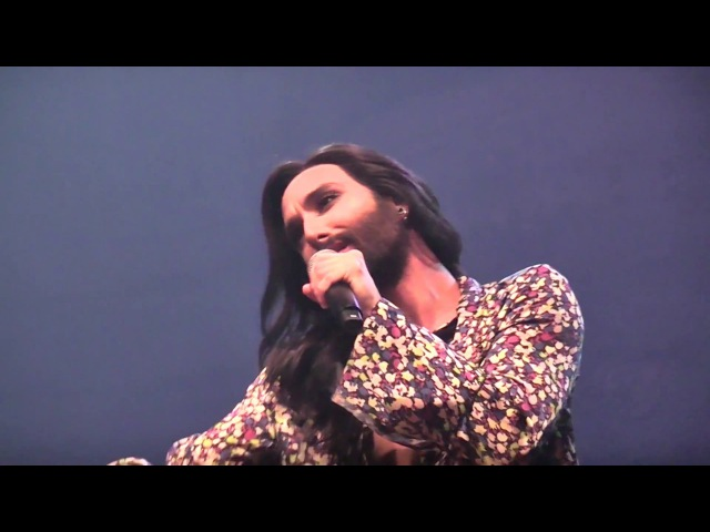 Conchita Morgens bin ich immer müde Hamburg Laeiszhalle From Vienna with Love ConchitaLIVE