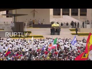 Португалия: Папа Франциск канонизирует детей-пастухов в Фатиме на 100-летие видений.