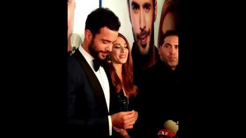 Mutluluk Zamanı filminin İstanbul Galasında oyuncular basının karşısında!