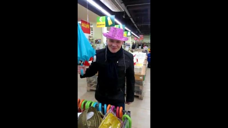 Подготовка к карнавалу - Супермаркет Велика Кишеня Донецк - 16.12.2014