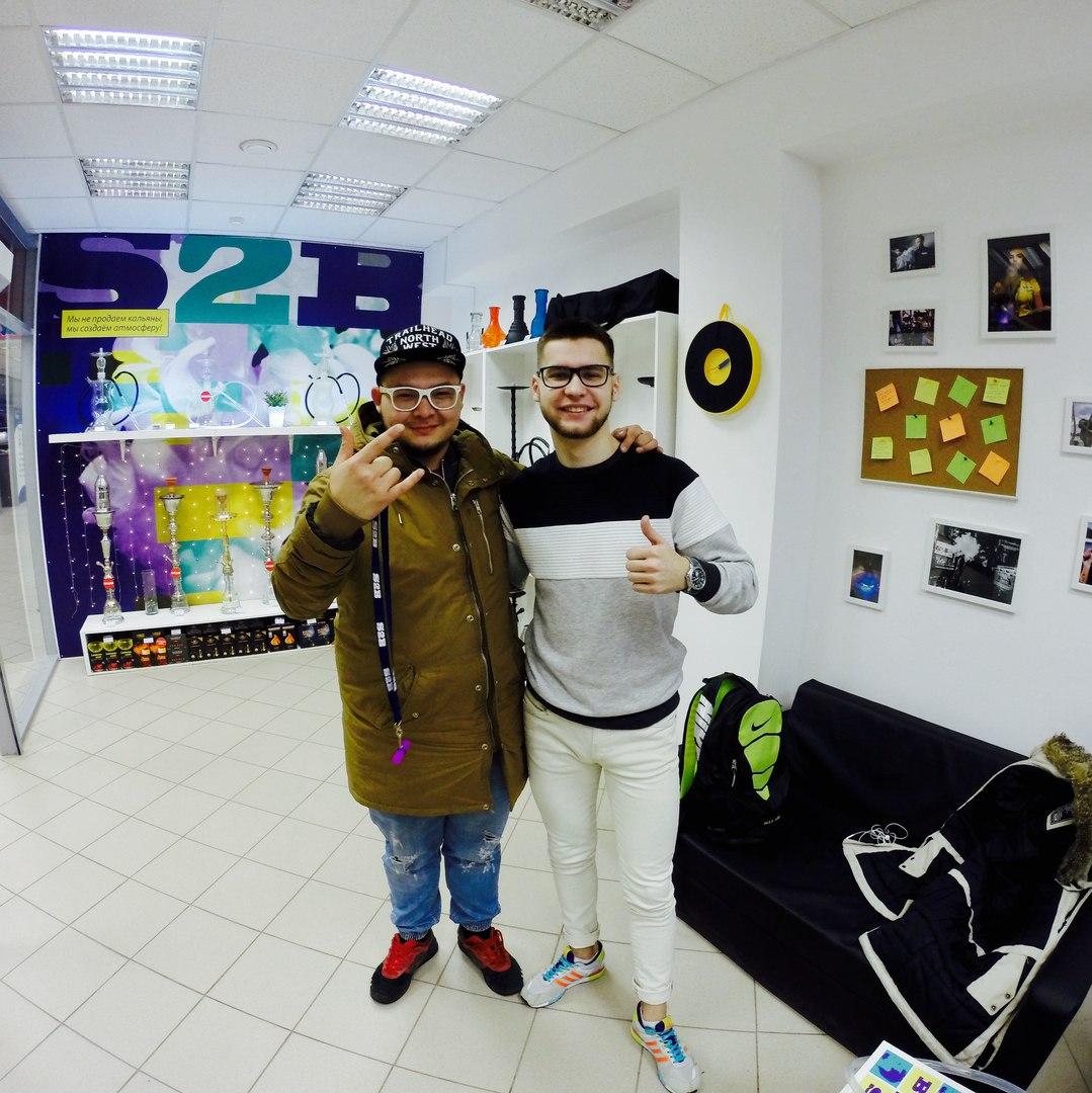 Известный блогер Дава Дым в гостях в Великом Новгороде