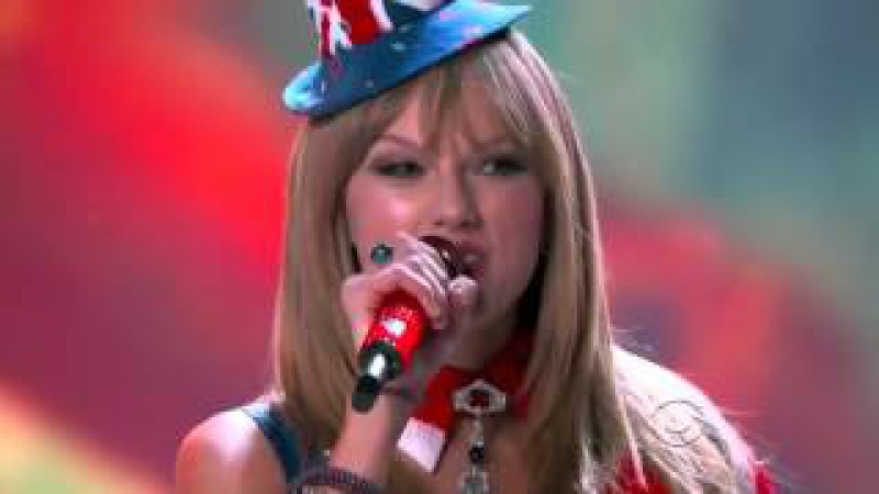 Taylor Swift ft Fall Out Boy Victoria's Secret Fashion Show Live Performance