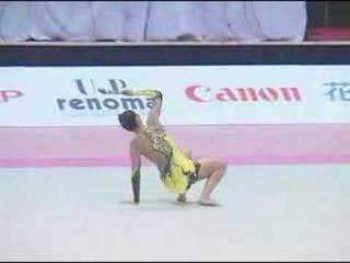 Алина Кабаева - булавы // Aeon Cup 2004