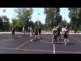 Рэперы Хаски и Рич играют в баскетбол против журналистов в Донецке
