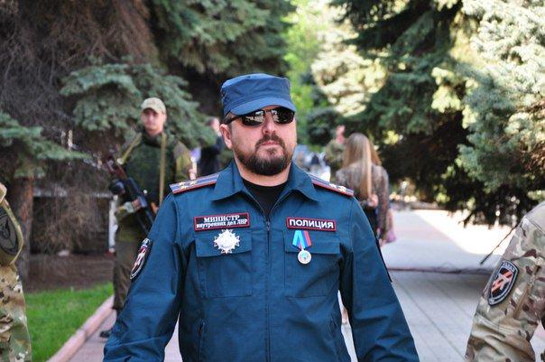 «Беркут» захватил Луганск, боевиков завозят из Ростова: кадры переворота