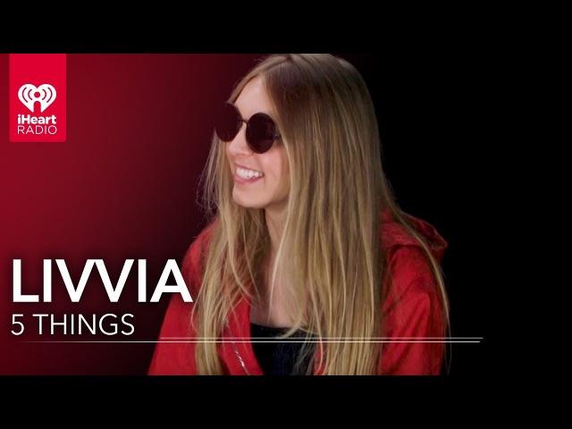 LIVVIA Loves Dej Loaf | 5 Things