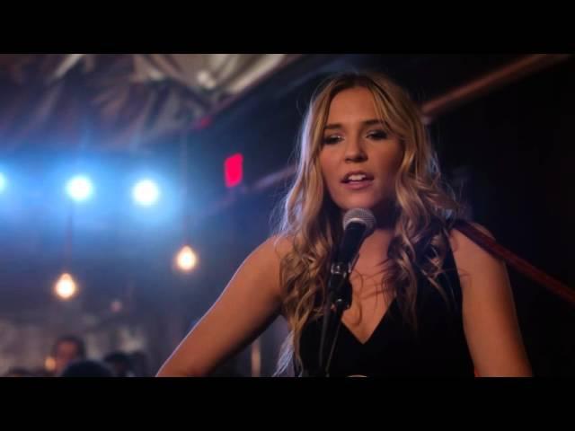 Lennon Stella (Maddie Conrad) Sings