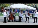 Bourbon Street Parade-Valeriy Bukreev Captain`s Dixie Jazz Band - -Live in Bauman-Garden 09.05 (1)