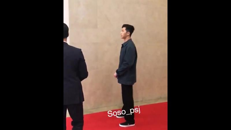 20 марта | Со Джун на вип-премьере «Простые люди»