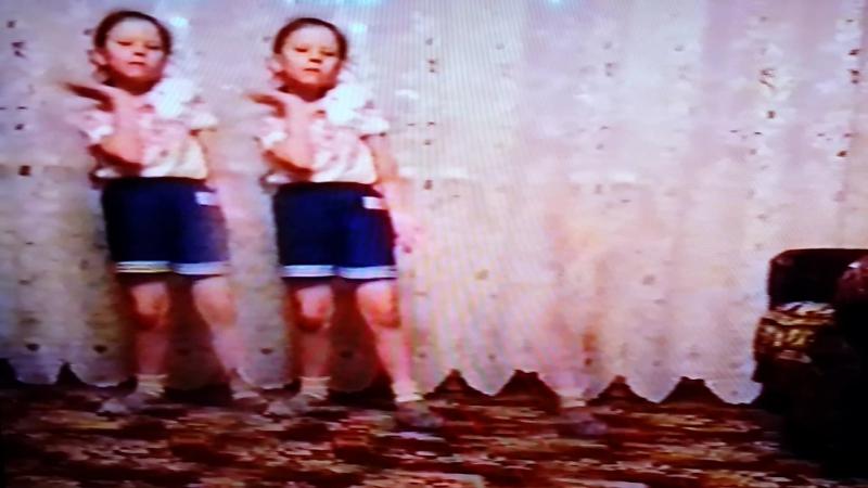 Маленькая Юлечка Кирякова 1999 год