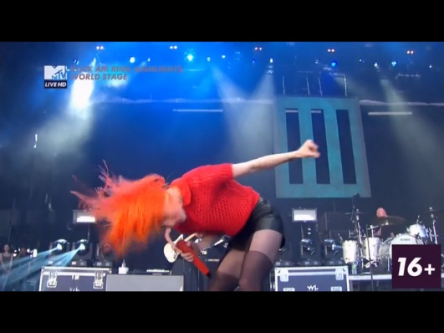Paramore - Still Into You MTV Live HD - WORLD STAGE @ 2013