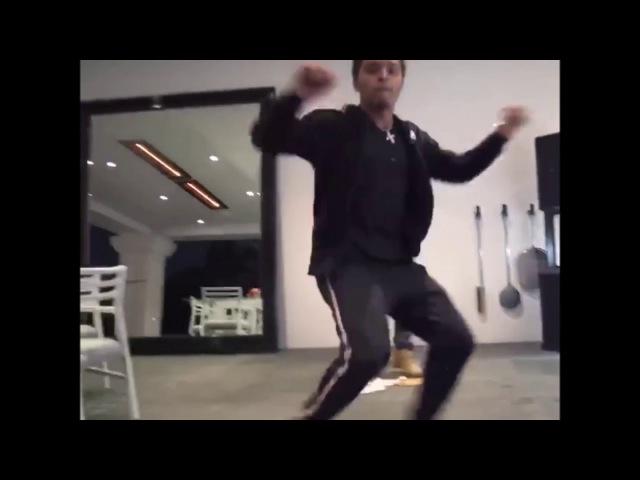 Bad Boyz Justin And King Combs Get Busy To Kid Pat New Song - ( Chasing Dollars )