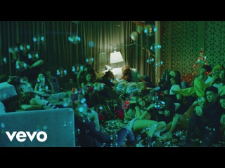 CNCO feat. Yandel - Hey DJ (Official Video)