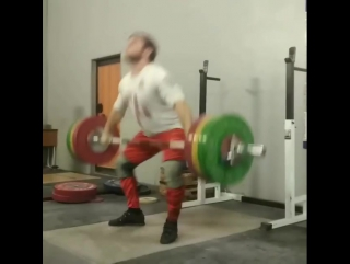A long time ... a very long time did not do this exercise! But, to add to the snatch, we will use in the current preparation! An