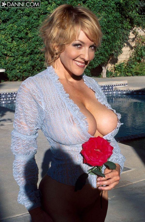 Sbbw suck big boobs nipples