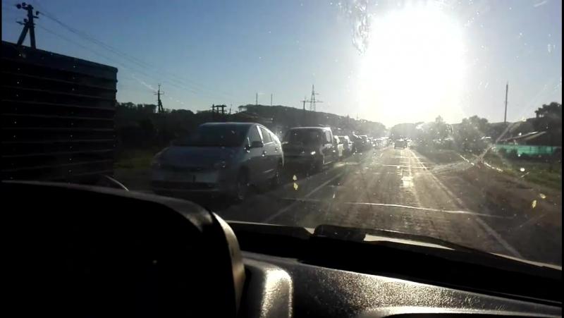 Мост в Новолитовске оборудовали светофором.