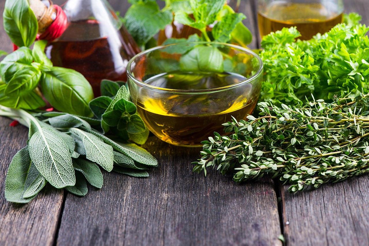 Оливки, розмарин и мед для волос