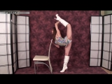 FLEXIBLE GIRL GYMNAST