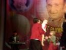 дети танцуют на концерте Рината Рахматуллина