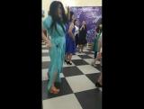 И это танец 80х годов и этими движениями танцевали тогда мы