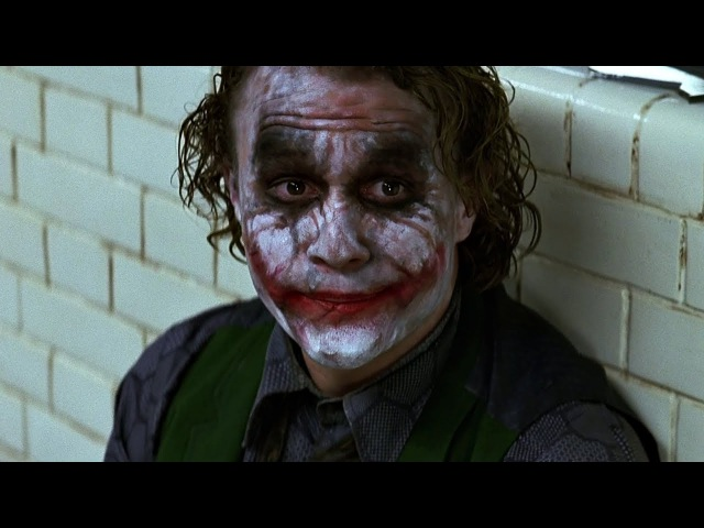 Джокер сбегает из полицейского участка. Бэтмен спасает Харви Дента. Темный рыца ...