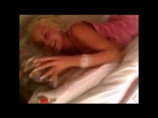 реальный любительский секс эротика порно Сосёт трах,миньет,лесби,орал,куни ОТСОС ЛЕСБИ ЛЕСБИЯНКИ CTRC ОРГАЗМ МИНЬЕТ