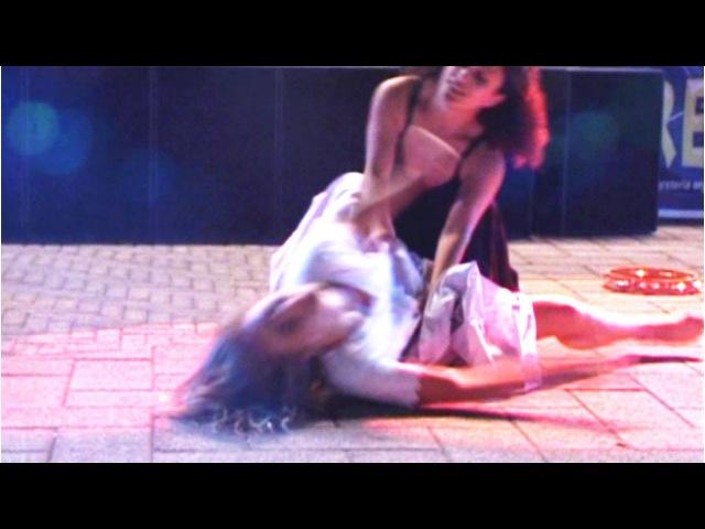 Taranta: Il ballo di San Vito - Rotumbe' ft Vinicio Capossela (Taranta 2012)