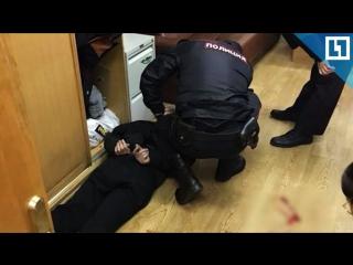 """Напавшего на журналистку """"Эхо Москвы"""" задержали"""