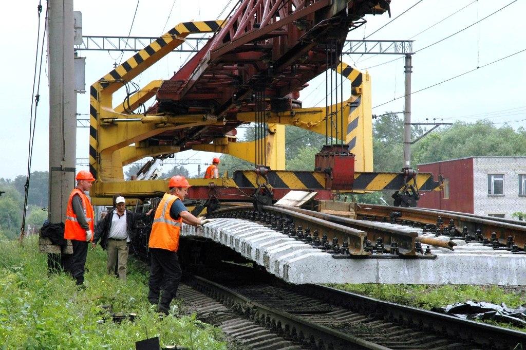 В реконструкцию железнодорожного пути на СКЖД в 2016 году вложено 2,2 млрд рублей