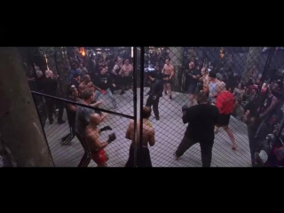 Джет Ли против толпы (пример плохой, на мой вгзгляд, боевой сцены)