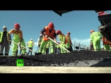 На Крымском мосту приступили к укладке асфальта