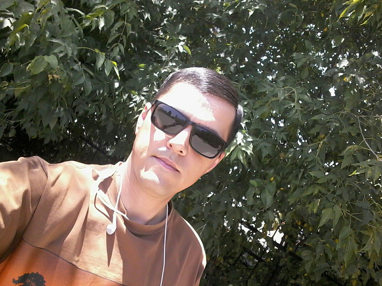 Rustam, 29, Zhetisay