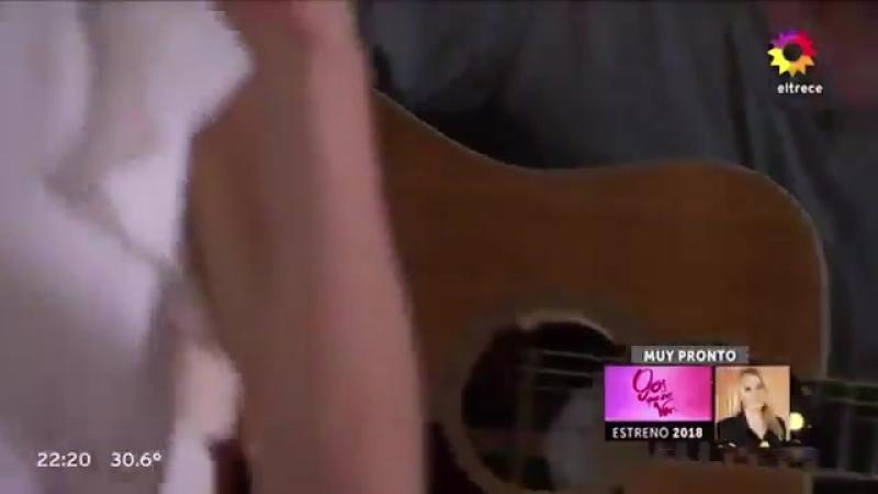 Tini singing Te Quiero Más in Las Estrellas