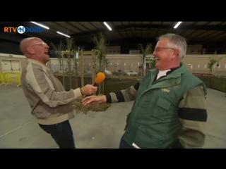 Заразительный смех куриного фермера