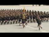 Что будет если наложить Bee Gees на Северо-Корейский марш (6 sec)