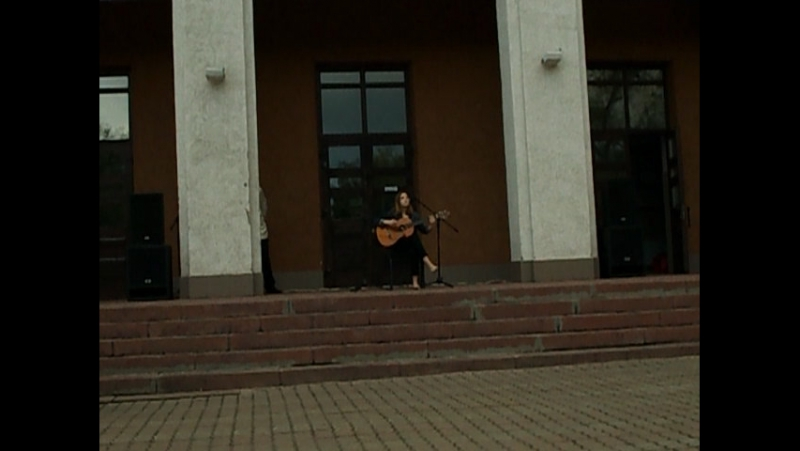10.08.2017г у Дворца молодёжи на концерте в четверг с 19ч Летняя площадка.