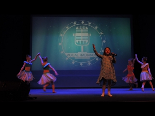 Подтанцовка для вокалистки Ани Бебякиной на песню из мультфильма Моана. Вокальный конкурс Vocal Radiance.