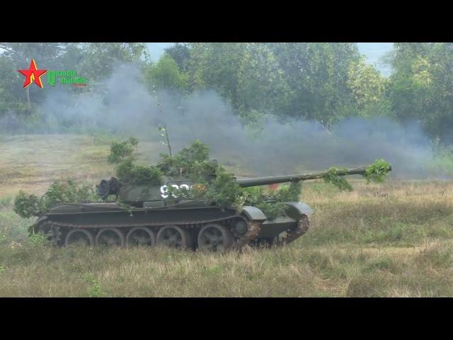 Lữ đoàn tăng thiết giáp 206 vượt cửa mở đánh địch phòng ngự