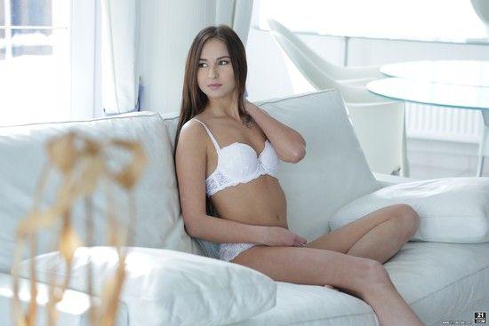 21EroticAnal – Selena Mur – Angelic Anal Lust