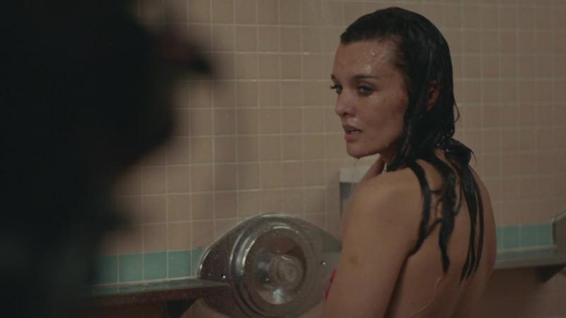 Frankie Shaw, Samara Weaving SMILF s01e03 (2017) HD