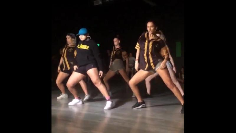 Kaea Pearce, Parris Goebel, Bianca Ikinofo, Shyvon Campbell and Kyra Aoake