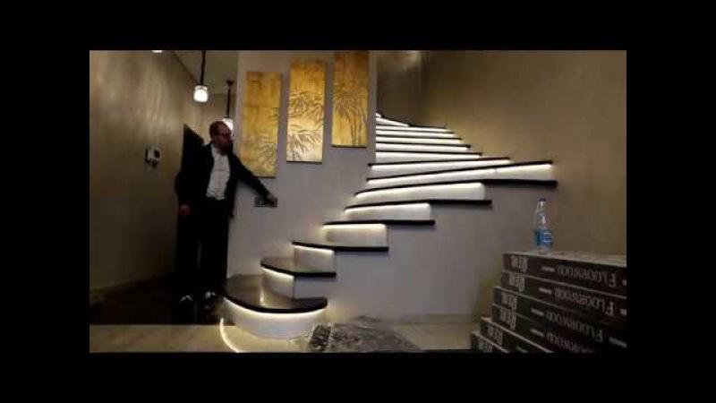CLP | Подсветка винтовой лестницы