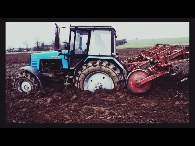 Буксируем трактор МТЗ-1221 ЗАСТРЯЛ В БОЛОТЕ | Wyciąganie traktory w błocie MTZ-1221