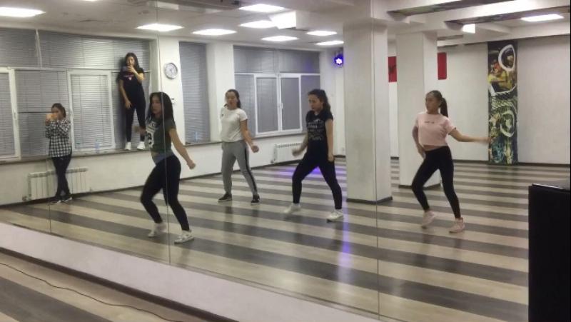 New rules🙌🏻 @aliya_uniqueen спасибо💕💕💕 maksattovnadance choreobyaliya newrulesdualipa